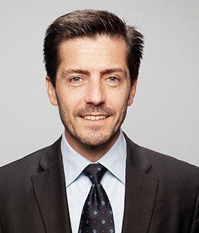 Portrait Gilles Davaine Directeur administratif et financier