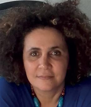 Portrait Nadia Zeghmar Directrice générale de l'ADSEA 26