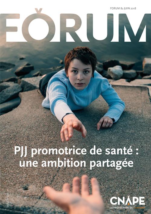 Derniere une du magazine FORUM